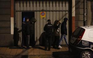 La Policía detiene a la novia y a un amigo del joven asesinado a tiros hace diez meses en La Felguera