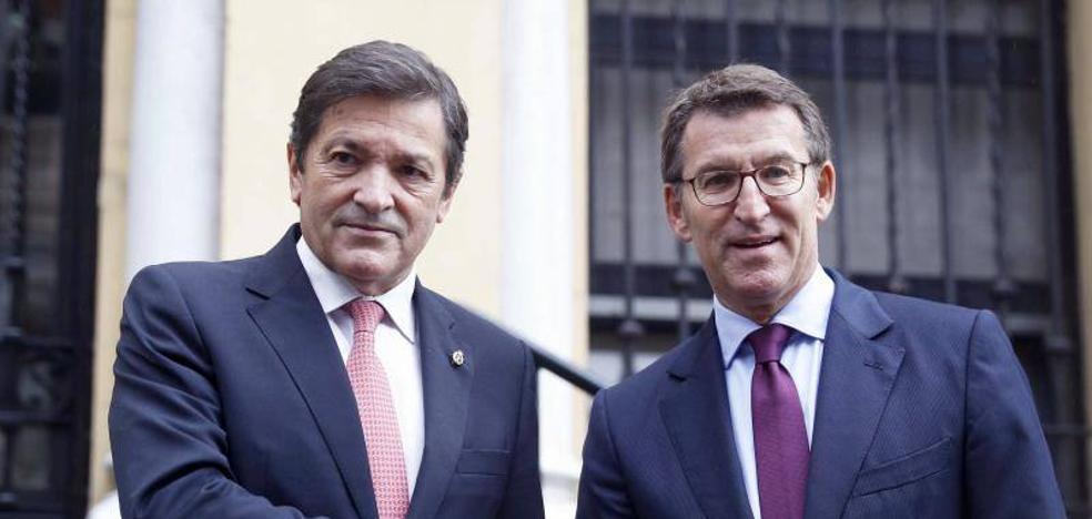 Fernández y Feijóo alertan del riesgo de más deslocalizaciones si no se reforma el sistema eléctrico