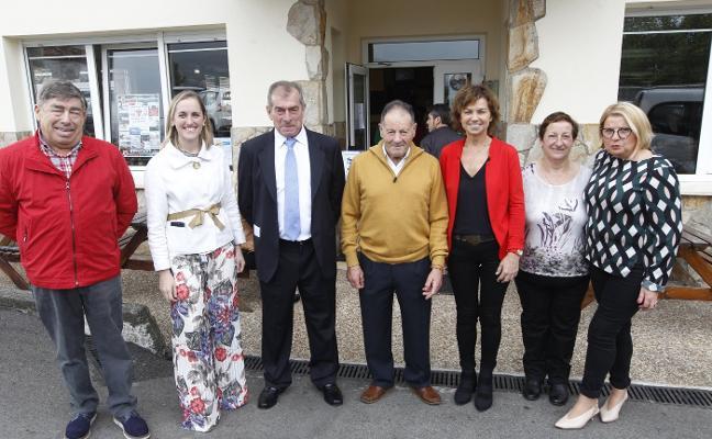 Lavandera homenajea a César Menéndez