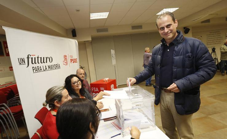 Las primarias del PSOE de Gijón, en imágenes