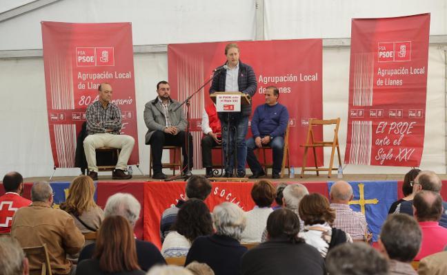 Barbón respalda a Herrero como candidato del PSOE en Llanes