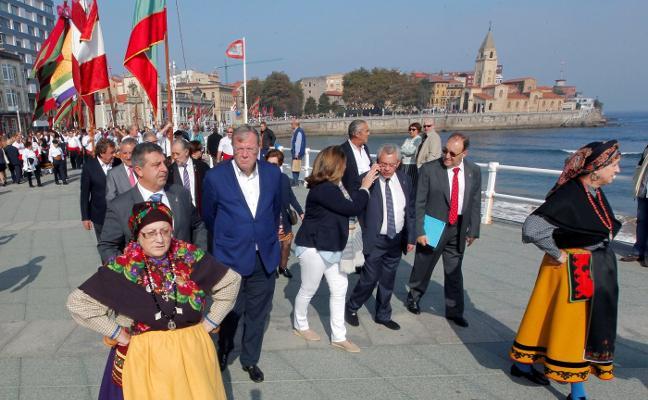 «Es un orgullo desfilar por Gijón»