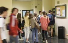 La Universidad de Oviedo tiene 506 alumnos menos que el curso pasado
