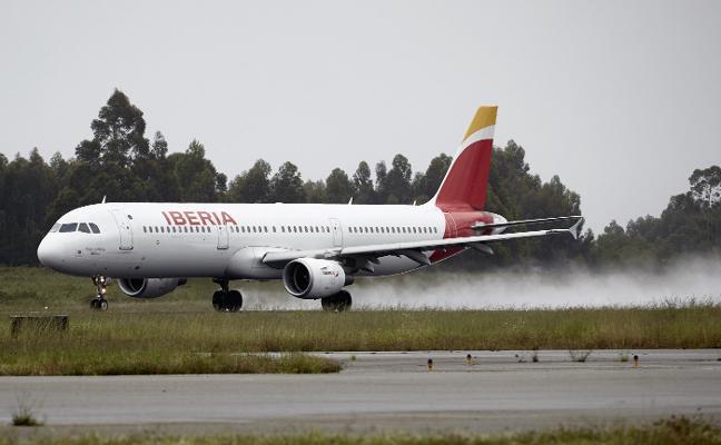 Iberia descarta presentarse al concurso del Principado pero mantiene la tarifa de negocios