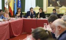 Fomento traslada a la alcaldesa de Gijón que el acuerdo sobre el plan de vías «está inmaduro» para su firma