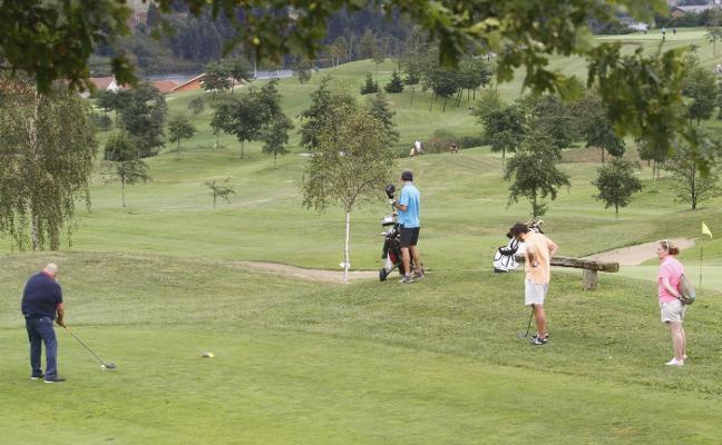 Los abonados del campo de golf de Los Balagares reclaman «medidas urgentes»