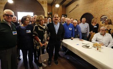 Francisco Baragaño, homenajeado por sus compañeros del sindicato USO