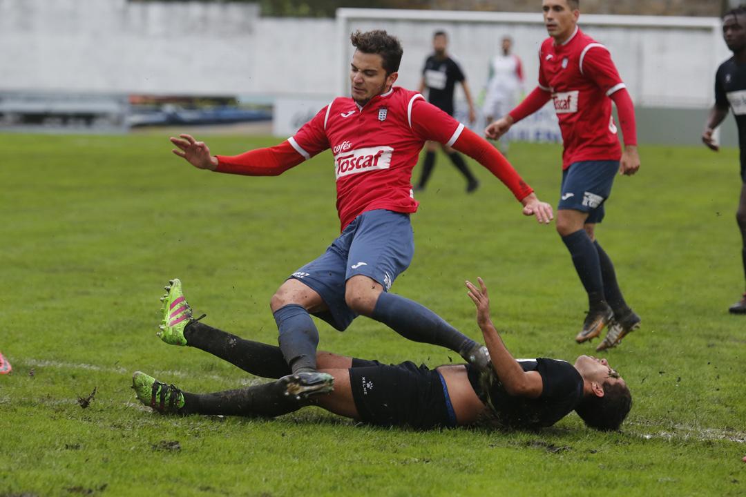 El Praviano 2-0 Real Avilés, en imágenes
