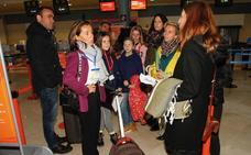 «El vuelo a Londres siempre iba lleno, no entendemos que se suspenda», se quejan los pasajeros de la última conexión de EasyJet