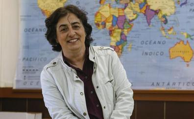 «En los institutos solo se hablaba de homosexualidad cuando surgía Lorca»
