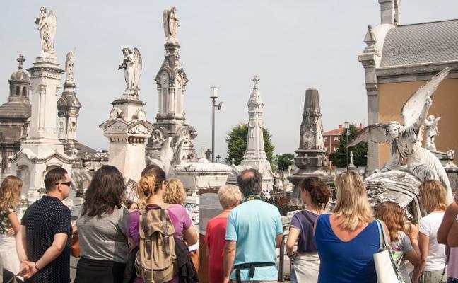 El Ciclac celebra el Día de los Difuntos con visitas y recitales