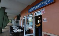 Asaltan un bar en Castrillón con el método del 'alcantarillazo'