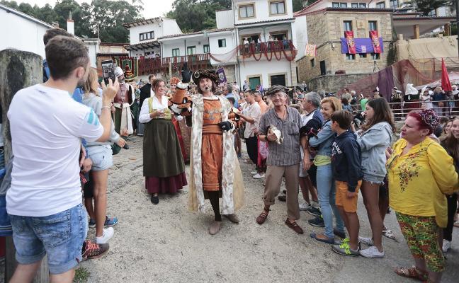 El alcalde propone la candidatura de Tazones como pueblo más bonito de España