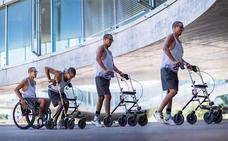 Tres parapléjicos vuelven a caminar gracias a una terapia que combina neuroestimulación y rehabilitación
