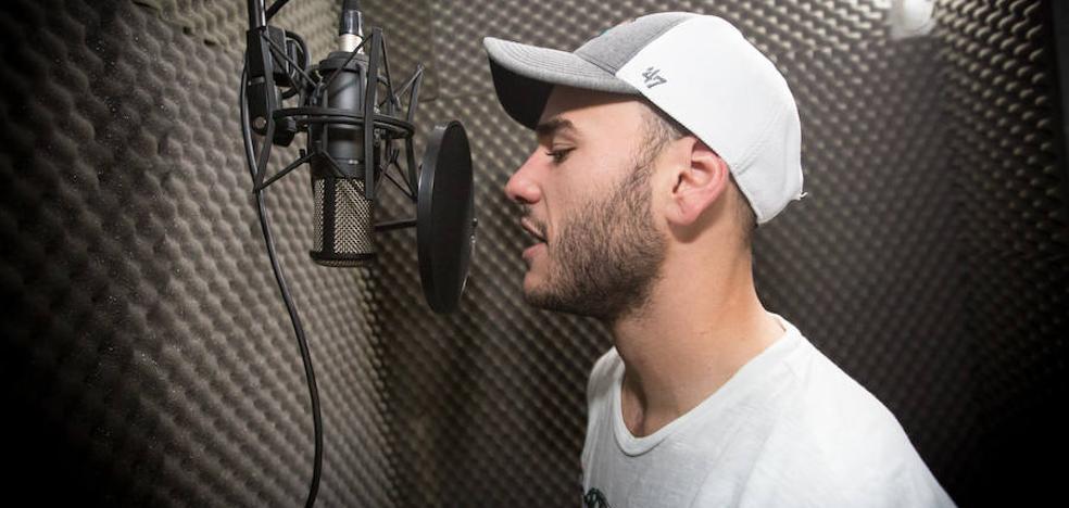 Pedro Martínez, el futbolista del Real Avilés que también es rapero