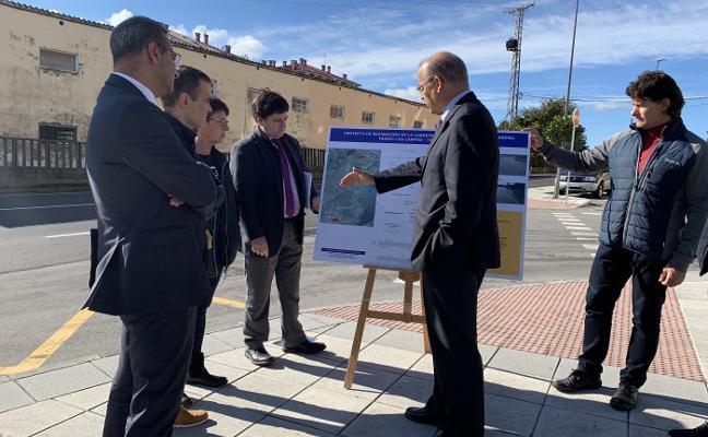 La carretera de Los Campos a Trasona estará lista la próxima semana