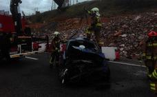 Herido grave un conductor tras sufrir un accidente en Oviedo