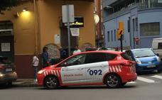 Arrestado un hombre por provocar un altercado en un bar en Gijón