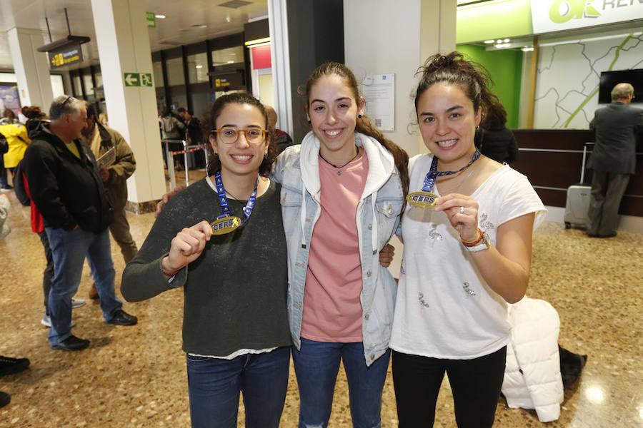 Natasha, Sara y Marta regresan a Asturias como campeonas de Europa de hockey sobre patines