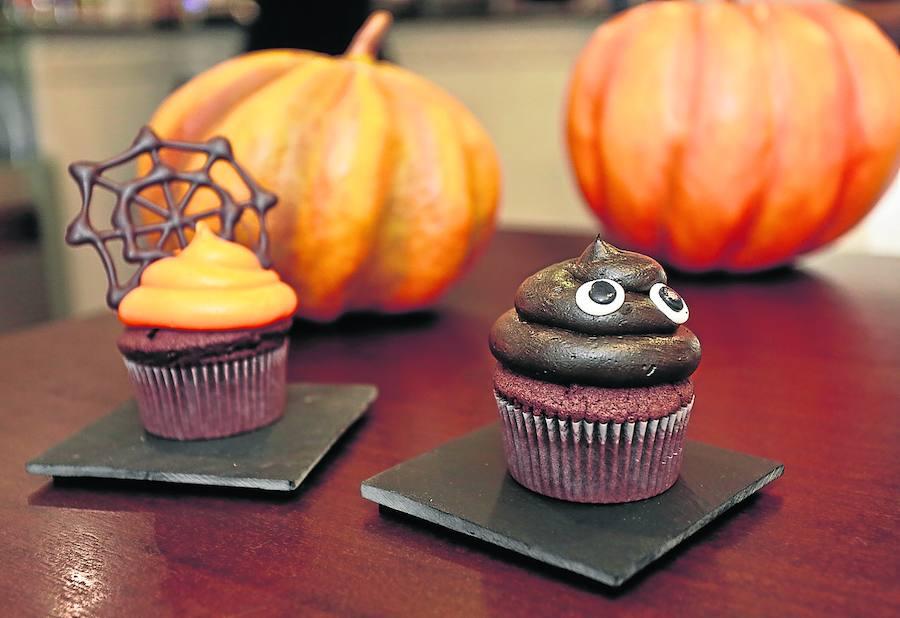 Cupcakes fantasmita de chocolate y calabaza