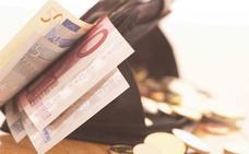 Devuelven una cartera con mil euros en Infiesto