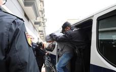 Prisión sin fianza para los cuatro acusados por la muerte del guardia civil en Badajoz