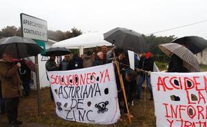 El movimiento vecinal de Avilés muestra su apoyo a los intoxicados por mercurio en huelga de hambre