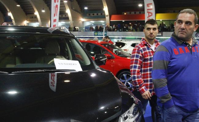 Stock Auto vende más de cincuenta vehículos y supera los 5.000 visitantes