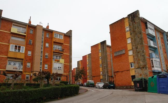 Vipasa invierte 45.983 euros en mejoras en viviendas de Castrillón