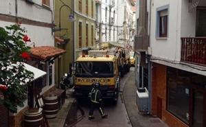Desalojan un hotel de Cudillero tras incendiarse el motor de una bañera de hidromasaje
