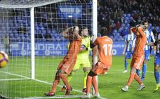 El Deportivo destroza a un endeble Oviedo