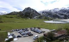 «Perdimos negocio por los atascos», claman los hosteleros de Covadonga