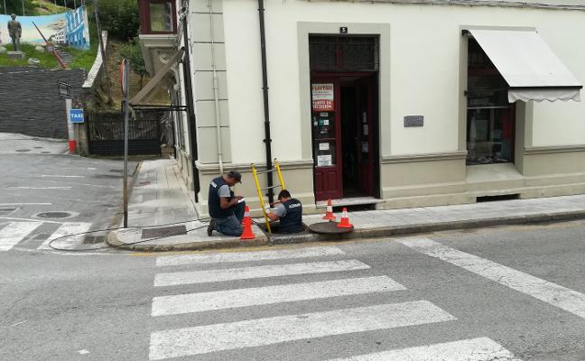 La red de fibra óptica llega a Pola de Allande y dará servicio a 365 viviendas
