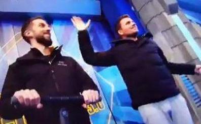 David Broncano y Dani Martín se cuelan en directo en 'El Hormiguero'
