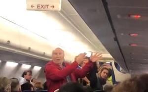 Dos ancianos españoles, expulsados de un vuelo por no hablar inglés