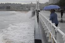 Asturias, en alerta por oleaje y fuertes vientos