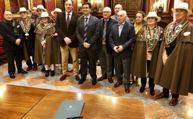 Villaviciosa y Granada se unen para fomentar la cultura y la gastronomía