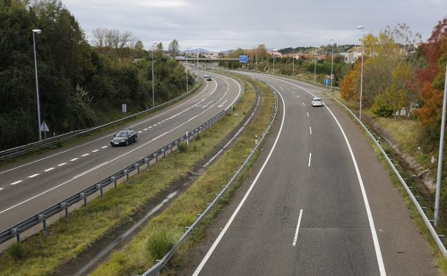Fomento admite que el deterioro de las autovías en Gijón, Avilés y Mieres «afecta a la seguridad»