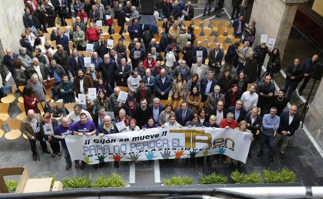 Todos los partidos excepto el PSOE apoyan la movilización del plan de vías