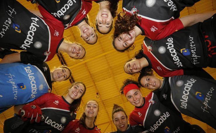 El Telecable Hockey presenta sus equipos senior y de base
