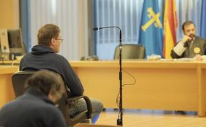 Acepta tres años de cárcel por vender cocaína por la ventana de su casa de Gijón usando una caña de pescar