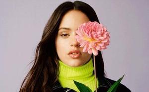 Rosalía ficha por Inditex y crea una colección de ropa junto a Pull&Bear