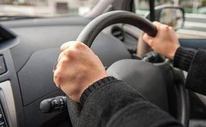 La Guardia Civil advierte sobre lo que nunca debe hacer un copiloto