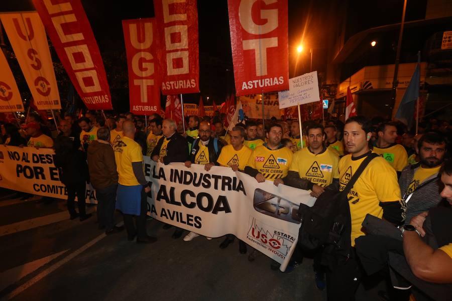 Asturias se vuelca contra el cierre de Alcoa
