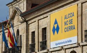 El Principado insiste en evitar el cierre de Alcoa en Avilés antes de analizar las ofertas de inversores
