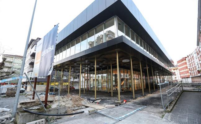 IU aprueba el proyecto para urbanizar la biblioteca de Piedras Blancas