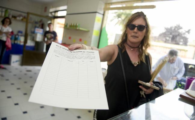 Seis mil firmas contra el centro de menores de Loriana