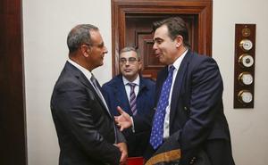 Schinas apuesta por «federalizar» el control de fronteras comunitarias