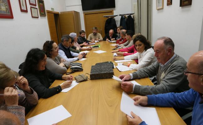 Los alcaldes de barrio urgen invertir en el mantenimiento de la zona rural de Siero
