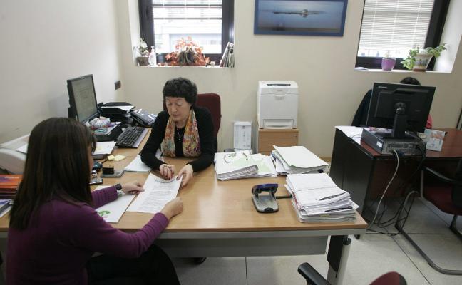 La Policía investiga a receptores del salario social en Asturias denunciados por irregularidades